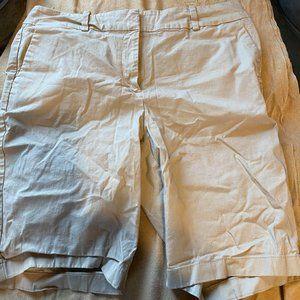 Ann Taylor size curvy 12 khaki longer shorts